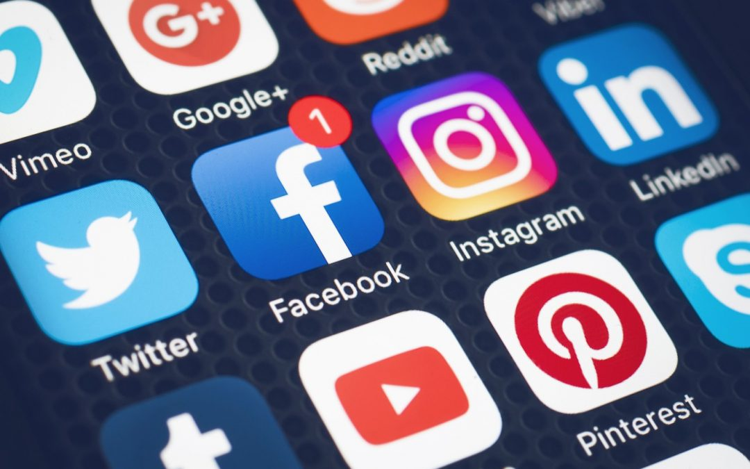 3 Ways Dentists Can Use Social Media to Build Their Practice